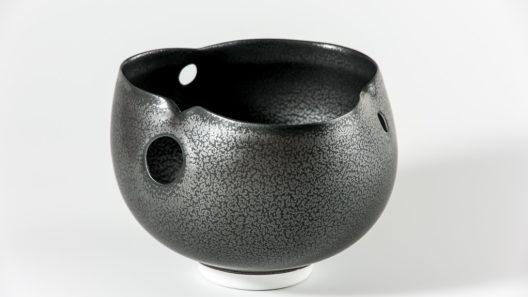 Bol noir troue xavier duroselle porcelaines