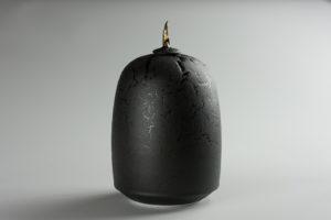 Urne noir de lave